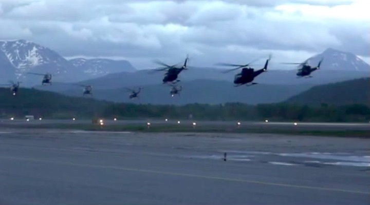 2006-helikopter-formation-a