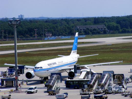 2012-05-ggba-Kuwait Airways