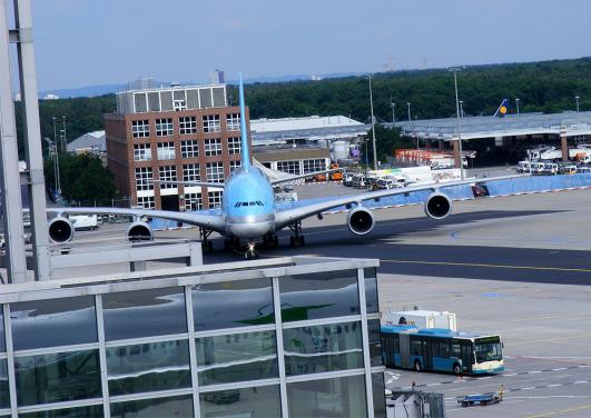 2012-05-ghuj-KOREAN AIR - Airbus-A-380