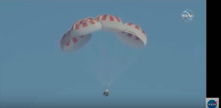 2019-spacex-dragon-reentry-azb