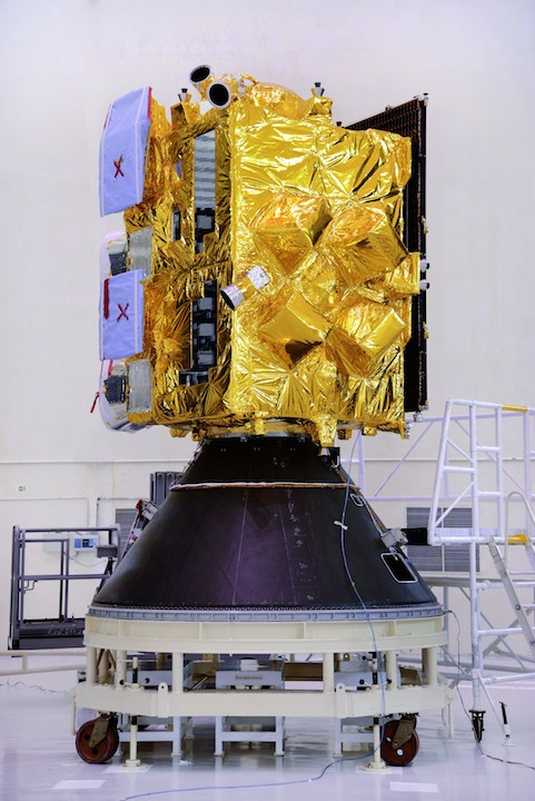 8insat-3drsatelliteincleanroom