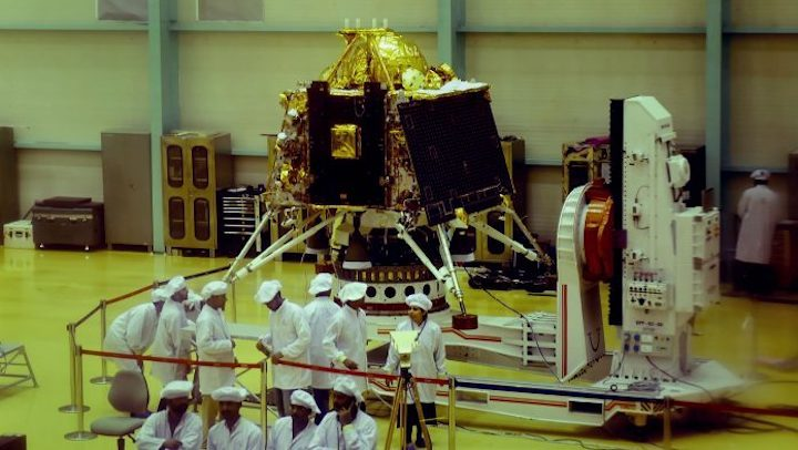 chandrayaan-mission-696x392
