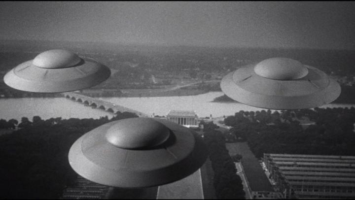 earth-vs-flying-saucers-1