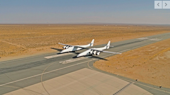 stratolaunch-taxi-aa