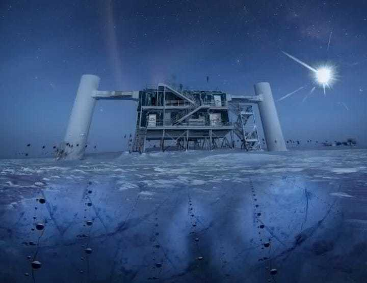 the-icecube-lab-at-the-south-pole-775x599