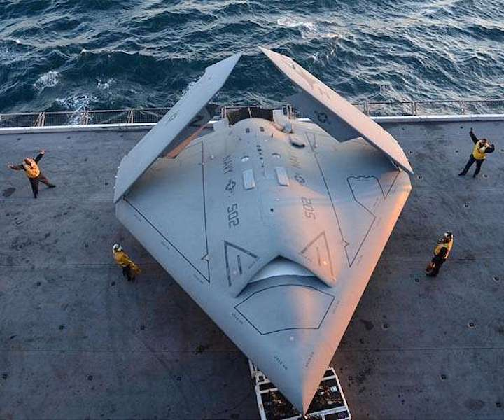 unmanned-carrier-launched-surveillance-and-strike-uclass-mq-25-stingray-hg