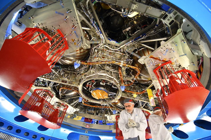 view-from-below-orion-european-service-module-1-article-mob-1