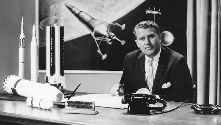 werner-von-braun-the-german-born-american-rocket-engineer-news-photo-1582489657